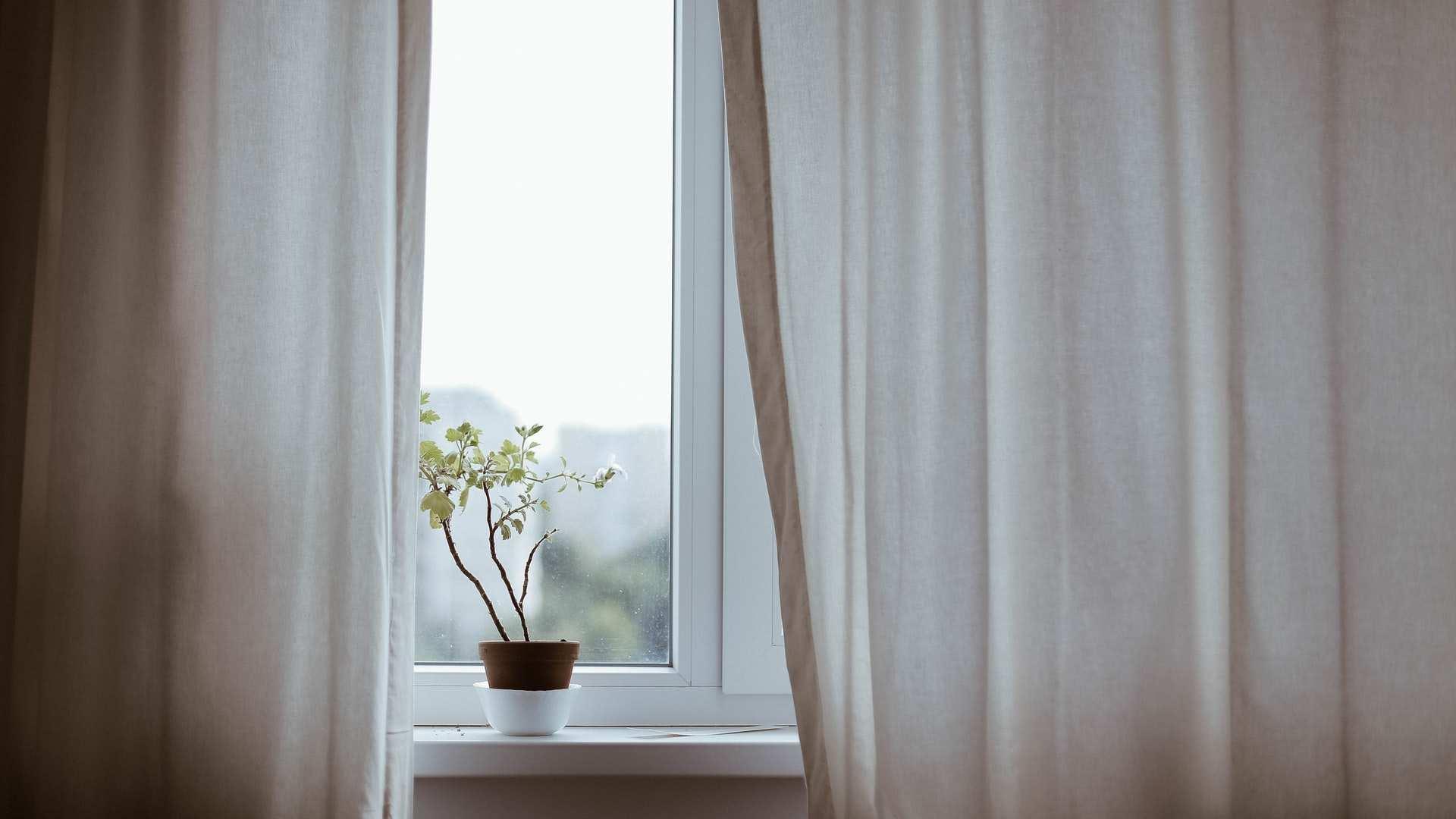 ¿Persianas o cortinas para departamento?